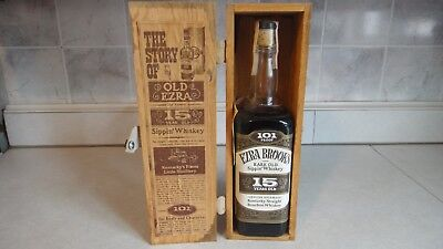 Vintage Whiskey Box / Old Ezra 15 Year Old Sippin' Whiskey.