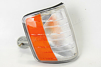 Side Turn Light Corner Signal RIGHT Fits MERCEDES W201 Sedan 1982-1993