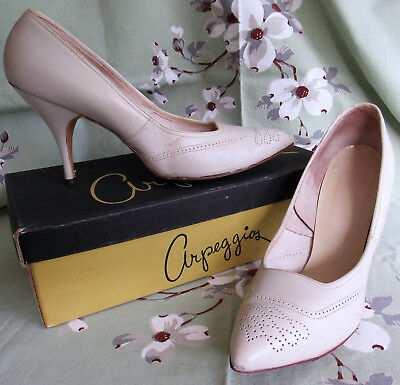 VTG 50s Arpeggios Spectator Pump Womens 8.5 B High Heel Bone Ivory in Box SEXY!
