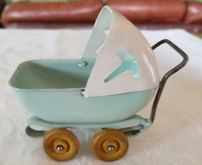 Vintage Wyandotte Pressed Steel Doll Baby Buggy Pram toy Wood Wheels