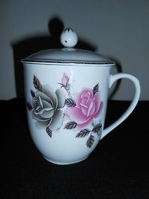 China*porcelin Cup Mug With Lid Floral Rose Design With Gold Trim*lid Has A Vent
