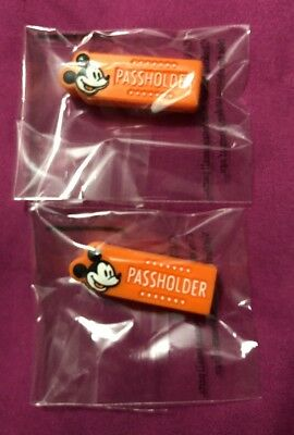 Walt Disney World Annual Passholder 2017 Magic Band Exclusive Sliders Set Of 2