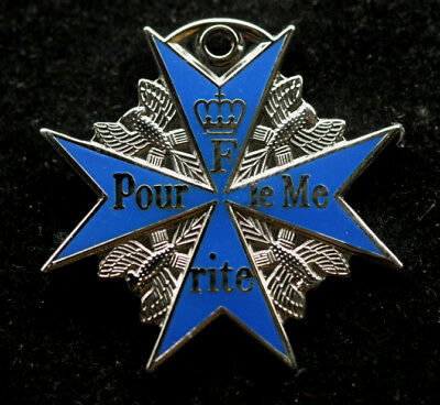 BLUE MAX Pour le Mérite World War 1 German Medal AIR FORCE PIN RED BARRON SILVER