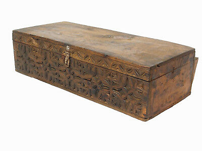 antik Holz truhe Schatztruhe Antique wooden Nuristan Storage Chest 18/19.Jh 18/1