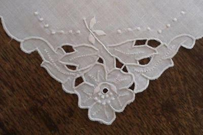 Vintage Set White Madeira Linen Placemats Cutwork Embroidered Floral 4