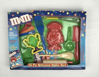 M&M Collectible 15 Piece Silicone Bake Set Children's Play Toy Recipe Book Cook