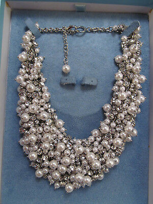 *David Tutera Kendall Cluster Necklace Simulated Pearls & Crystals Retails $149