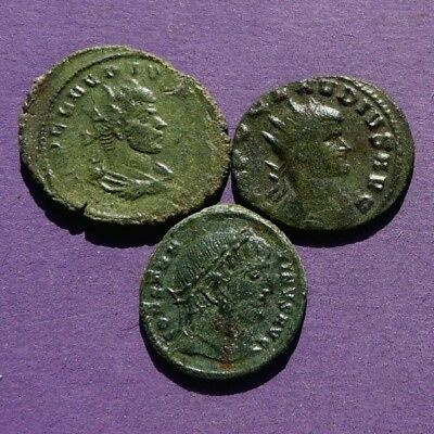 M2457 Lot of 3 late bronze Roman coins of Constantine and Claudius II 18-24mm