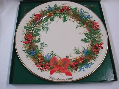 Lenox  Colonial Christmas Wreath Collection Dinner Plate- 1990 New Jersey