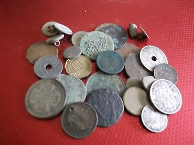JOB LOT OF METAL DETECTING COIN FINDS WITH SILVER 99p G12 Y