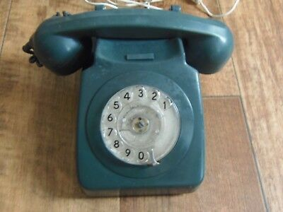 Vintage Bt British Telecom Dial Telephone From 1970's In Green Collectable