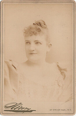 MISS REYNOLDS ~  THEATRICAL STAGE ACTRESS by SIRONY ~ c. - 1885