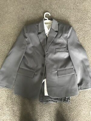 Boys Five Piece Formal / Wedding Suit Age 9 'New With Tags'