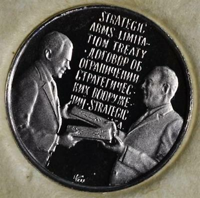1972 - The Presidential Journey To Russia Platinum Limited Edition Mini Coin