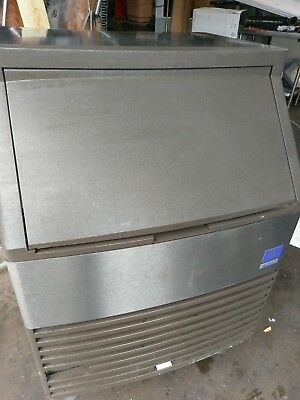 """2012"" Manitowoc Qy-0134A Undercounter Ice Machine 145Lbs W/ 80Lbs Bin  Air Cool"