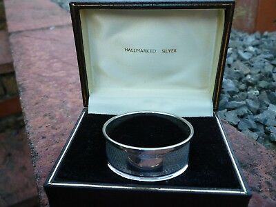 Vintage hallmarked Sterling Silver Napkin Ring – 1959  (Not Inscribed) - Boxed!