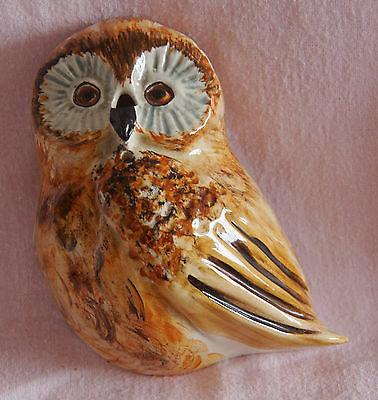 Toni Raymond Pottery England Owl Flat Back Wall Hanging String Scissors Holder