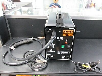 Chicago Electric Gasless Flux 125 amps Core arc Welder Portable  MINT USED
