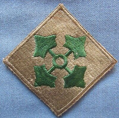 WWII variant of US 4th Inf Div shoulder patch; large size, orientation of ivy