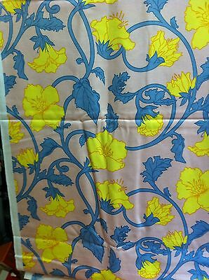 VERY LARGE FABRIC REMNANT 1960s ART NOUVEAU FLORAL HONFLEUR BY COMBES - STUNNING
