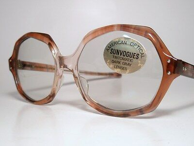 NOS 60s-70s Sunglasses AO American Optical SUNVOGUES 'APPEAL' Grape Tintomatic