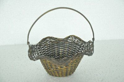 Old Brass Handcrafted Small Flower / Fruit Basket, Decorative