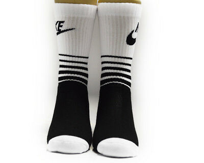 Nike Sporstwear Classic Striped Black White Hbr Crew Socks Size M (6-8)