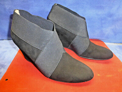 25d0fa7f6614 Via Spiga Black Suede Leather Wedge Heel Ankle Boots Size 7.5M
