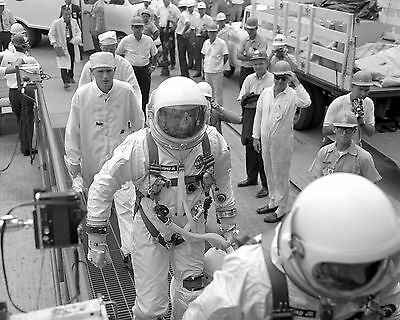 Gemini 5 Pete Conrad Medical Check 11x14 Silver Halide Photo Print Collectibles Other Historical Memorabilia