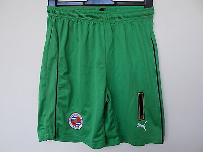 player issue Reading FC goalkeeper football shorts by puma size m royals fc