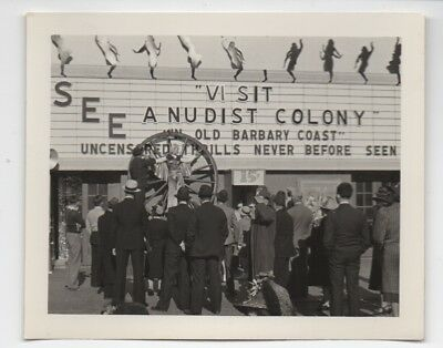 1939 Photo of People outside the Nudist Colony Exhibit GGIE World's Fair SF CA