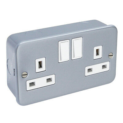 Metal Clad INDUSTRIAL SOCKET 13 Amp Double 2 Gang Wall Plug Switched Socket