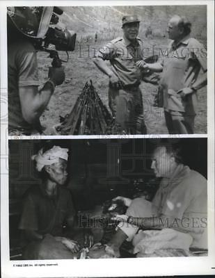 1992 Press Photo Phil Jones interviewing Burmese Opium war-lord Khuh Sa