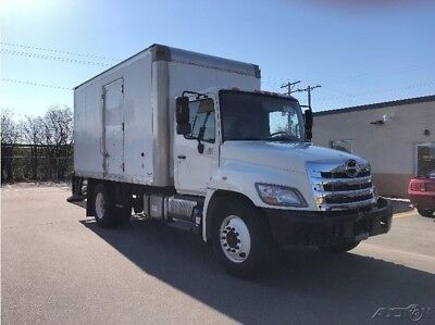 Penske Used Trucks - unit # 619290 - 2012 Hino 268