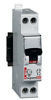 Legrand 006205 Circuit Breaker Type B 32 A 1P 6KA