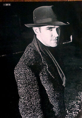 MORRISSEY / THE SMITHS - Full Page Magazine Picture Photo Cutting - RARE