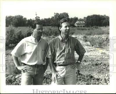 1992 Press Photo Randy Varuso & Phil Mayeaux in Mereaux planning development
