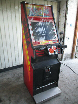 Video Gerät , Arcade , PCB  , Automat , SEGA Hang on von 1985