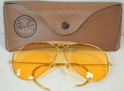 2995893d77 Vintage RAY BAN Bausch   Lomb AMBERMATIC AVIATOR Bullet Hole Shooter  Sunglasses