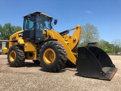 2016 Caterpillar 926M Articulated Wheel Loader Cab AC Diesel Rubber Tire Tractor