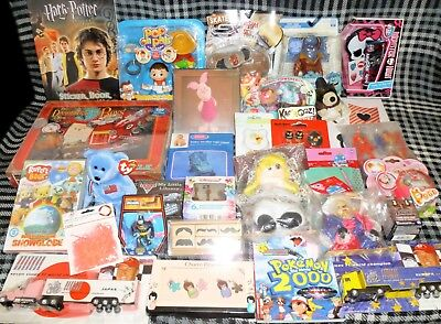 JOB LOT OF 30 VARIOUS TOYS - suitable for market trader / car booter - LOT A