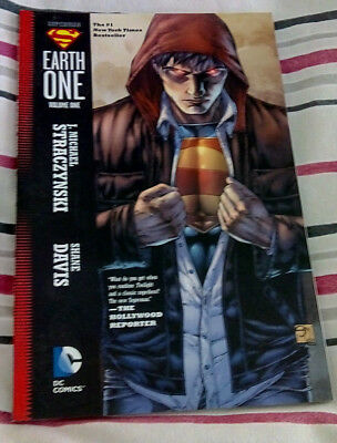DC Comics Superman: Earth One TP  Vol 1 by J. Michael Straczynsk