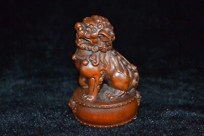 Collectible chinese vintage Old boxwood Carved lion rare lucky netsuke Statue