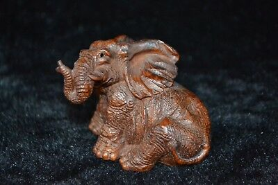 Chinese culture Collectible Old boxwood handwork carve elephant netsuke Statue