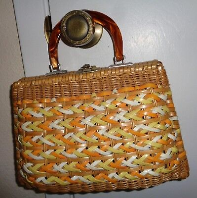 ADORABLE Vintage Straw Lucite handle Purse British Hong Kong CLEAN