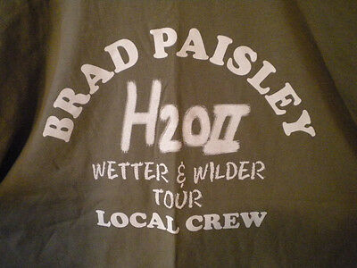 "BRAD PAISLEY 2011 WORLD TOUR ""H2O II WETTER & WILDER"" LOCAL CREW T-SHIRT XL Tan"