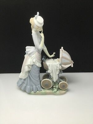 "Lladro ""Baby's Outing"" Porcelain Figurine With Original Box!"