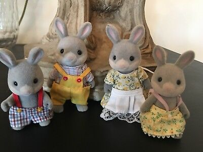 Calico Critters Gray Rabbit Cottontail Family 1985 set of 4
