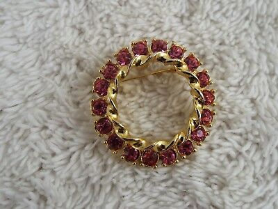 Goldtone Pink Rhinestone Circle Pin (C16)