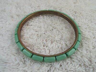 Goldtone Seafoam Bead Bangle Bracelet (C16)